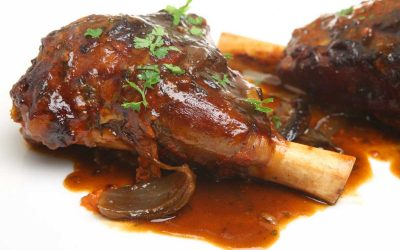 Slow Cooked Lamb Shanks in Tomato Sauce
